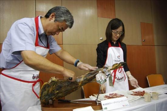 """Il Giappone adotta il prosciutto iberico """"Pata Negra"""""""