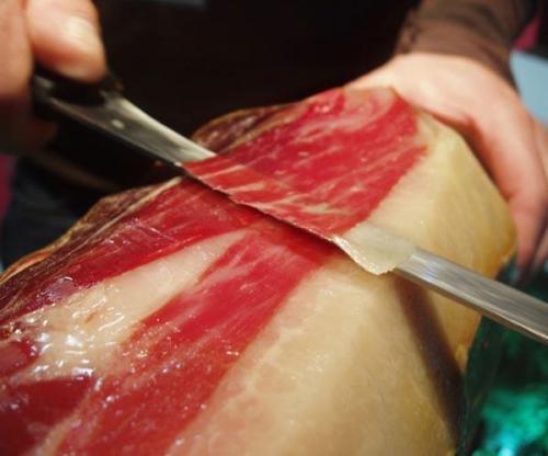 Come affettare un prosciutto Pata Negra Iberico